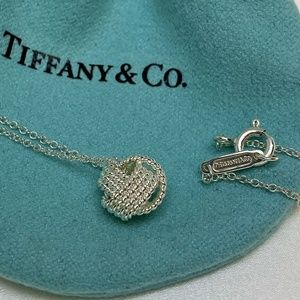 Tiffany & Co. S.S 925 Twist Knot Pendant Necklace